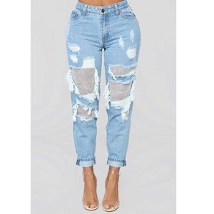 NWT SEXY Fashion Nova Boyfriend Distressed Jeans